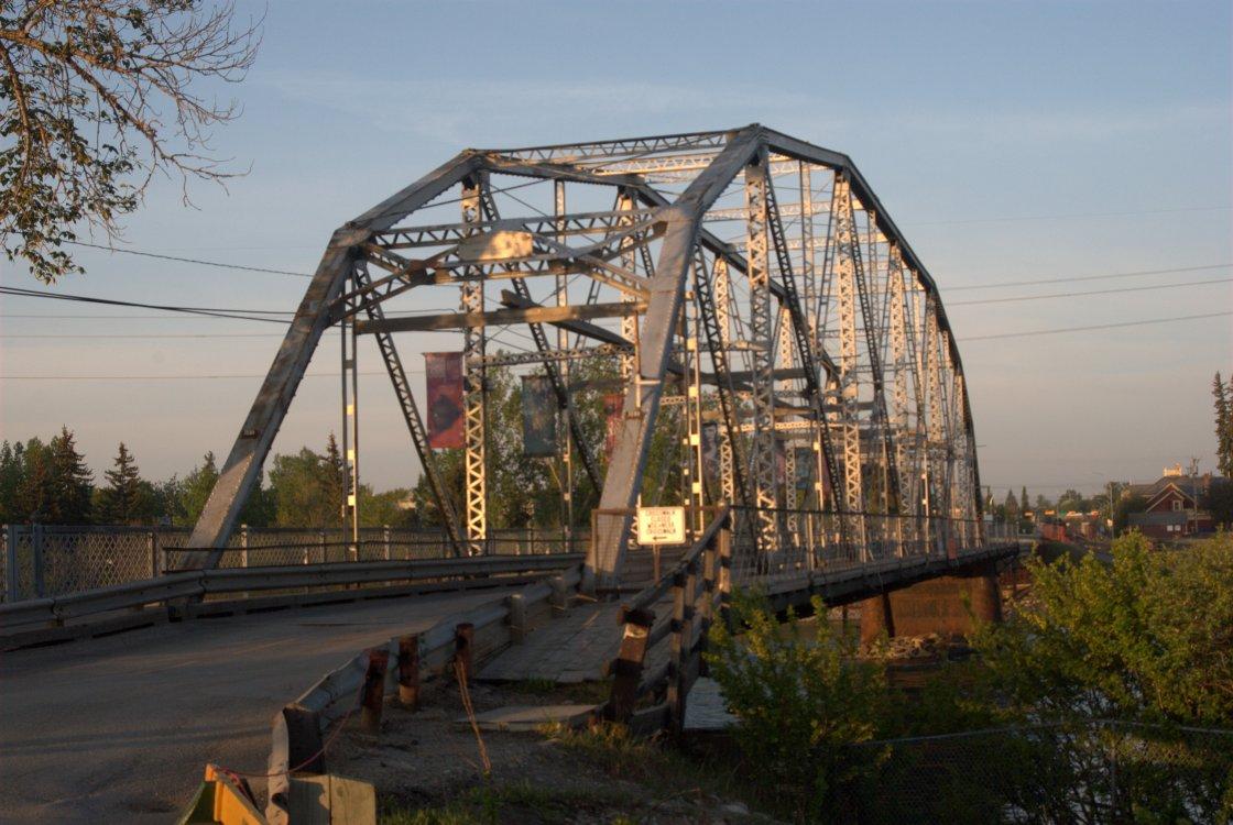 zoo bridge.jpg